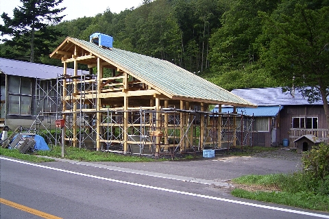 Carpentry20120921Housing.jpg
