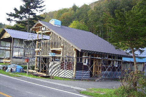 Carpentry20121020HousingLeft.jpg